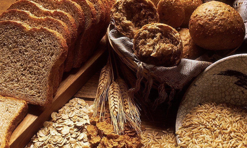 Various whole wheat breads and grains